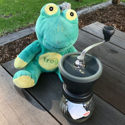 Hario Skerton Only Frog Quaffer Top