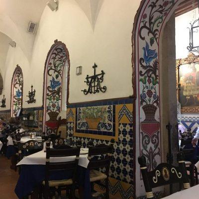 Cafe de Torca Archs